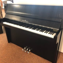 Schimmel 112-5 von 1987 in Black matt