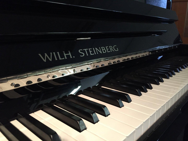 Wilh. Steinberg iQ 116 von 2006 in Black glossy