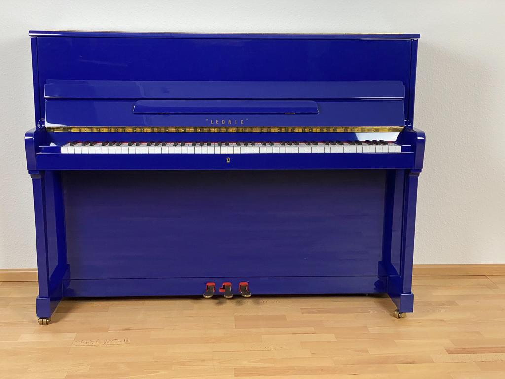 Rönisch 110cm von 1999 in Special colour glossy