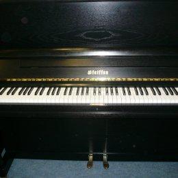 Pfeiffer 124 von 1992 in Black matt